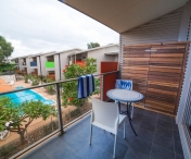 onslow-beach-resort-poolside-suite-balconysmall